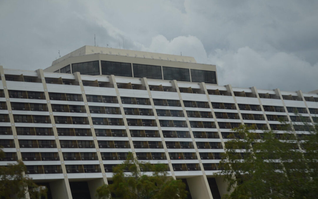 Top 10 Reasons to stay at Disney's Contemporary Resort